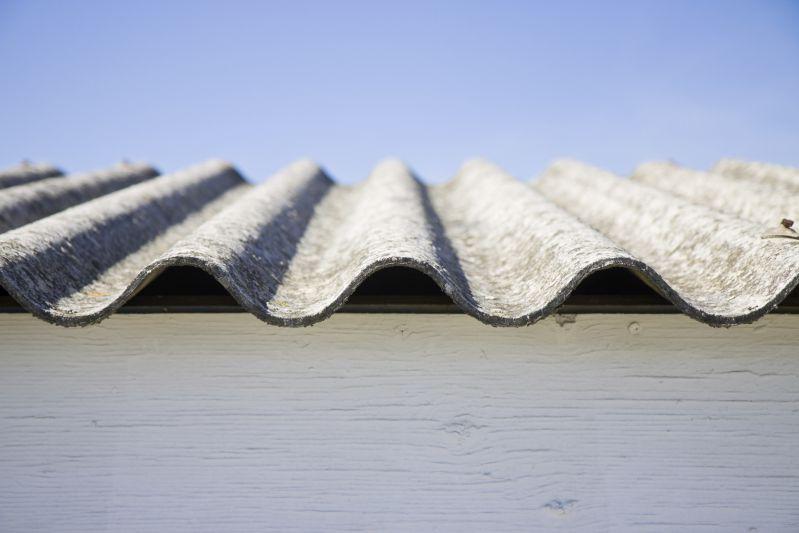 Smaltimento amianto in azienda: 10 cose che devi sapere